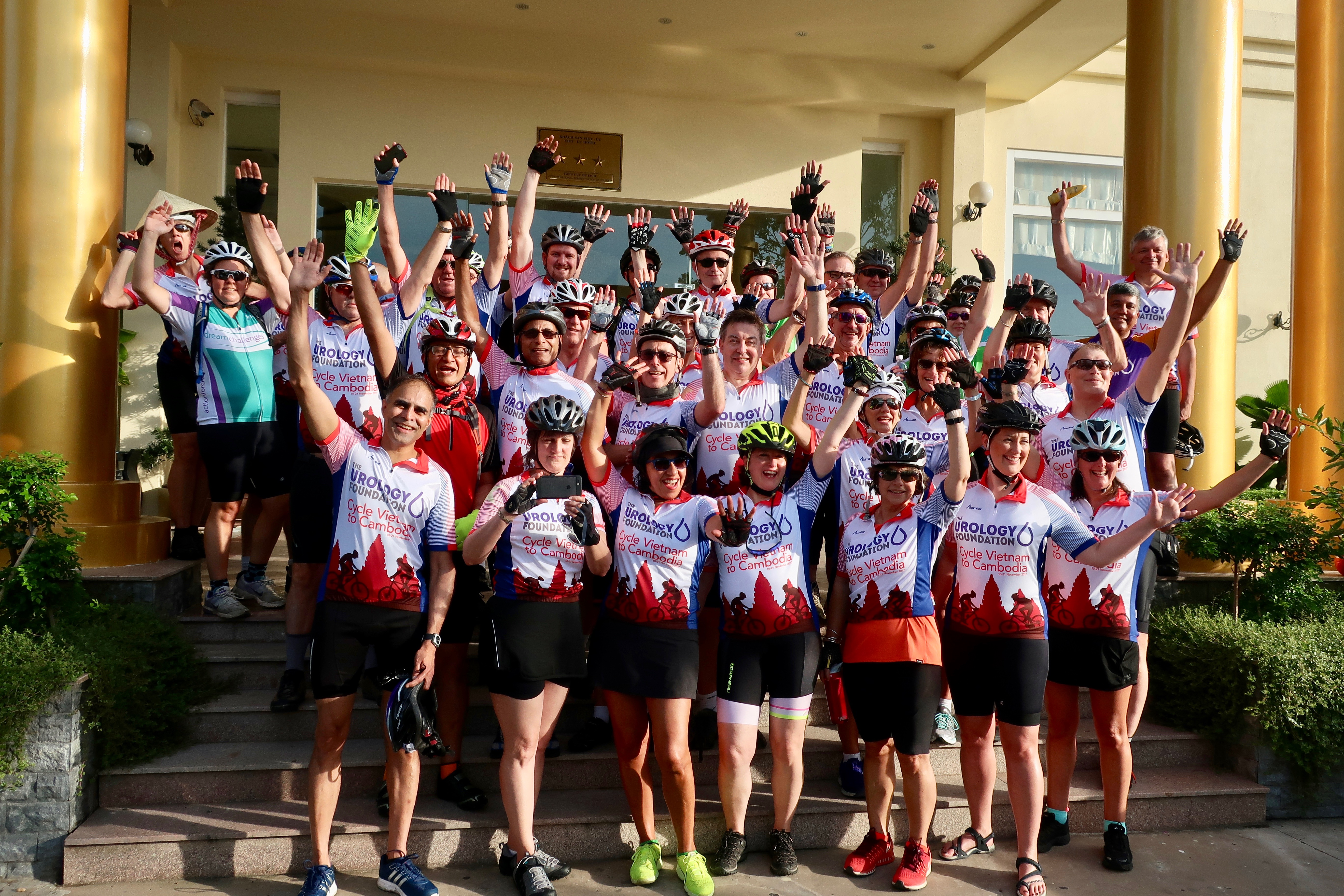 Team Cycle Vietnam to Cambodia